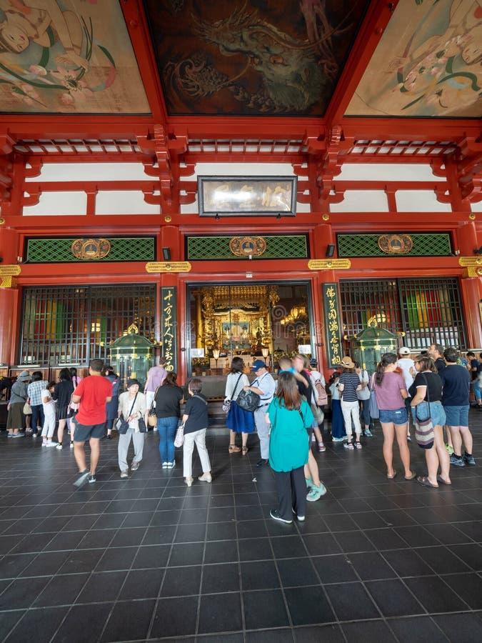 SensÅ- - ji Tempel, Tokyo, Japan stockbilder