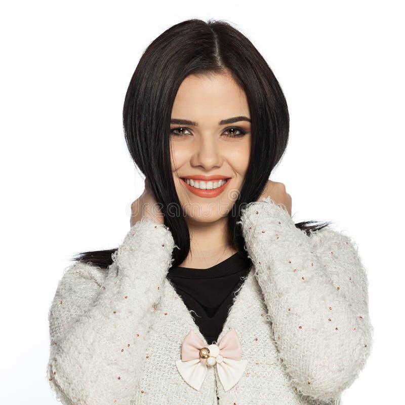 Sensibilità di modello splendida felice circa capelli sani immagine stock