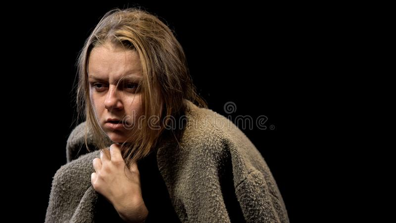 Sensibilità misera disperata, ptsd di sofferenza della donna dopo abuso sessuale, spaventato immagine stock libera da diritti