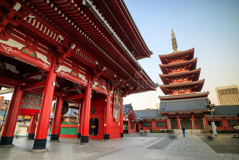 Download Sensoji寺庙在东京,日本 库存照片. 图片 包括有 拱道, 街市, 日语, 东京, 访问, 目的地 - 72371568