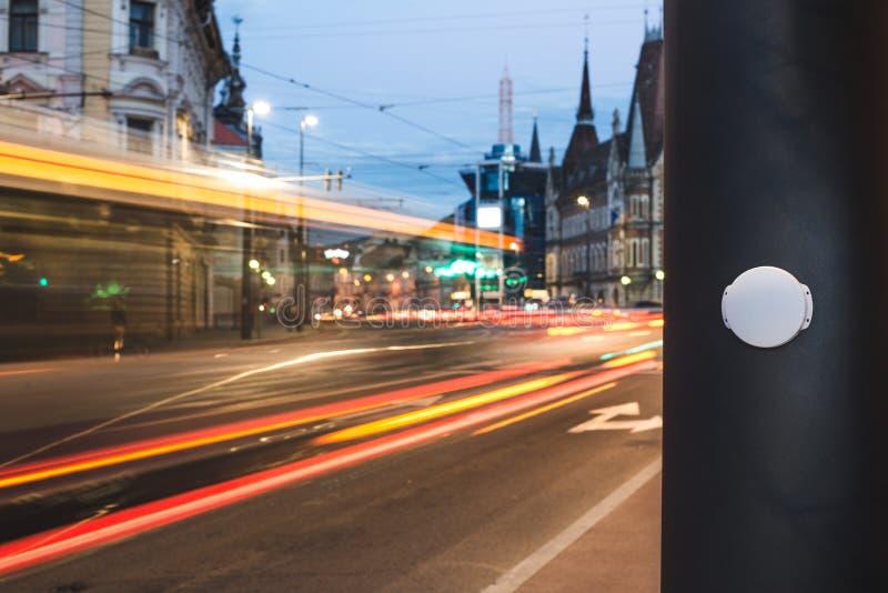 """Sensor de inteligência lugar do †da baliza da baixa energia de Bluetooth do """"em cidades espertas foto de stock royalty free"""