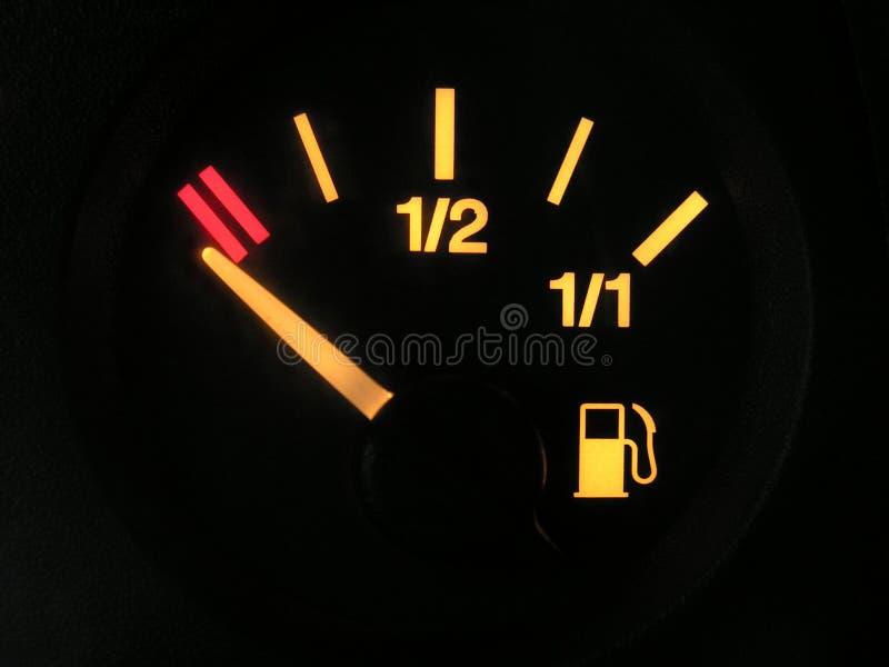 Sensor do tanque vazio da benzina foto de stock
