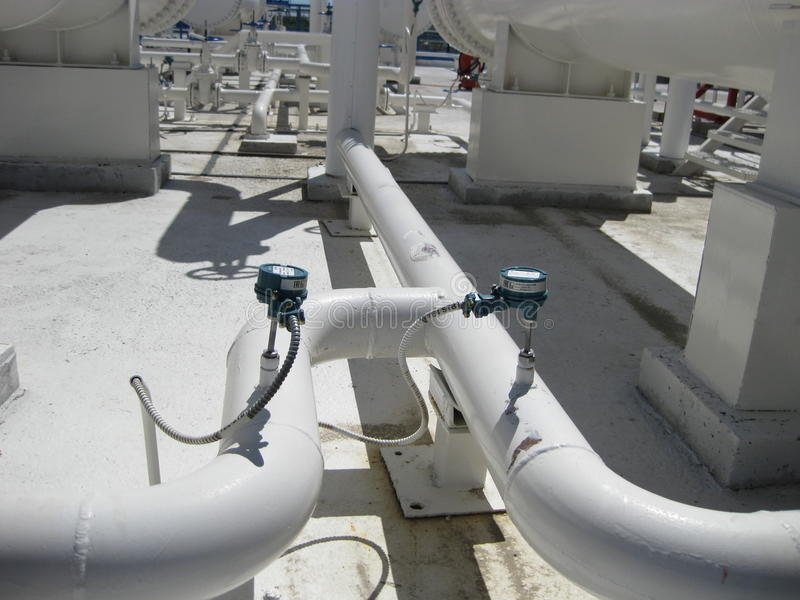 Sensores electrónicos de la presión y de la temperatura fotografía de archivo
