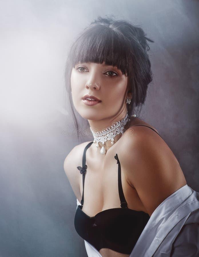 sensuality Schoonheidsbrunette royalty-vrije stock foto