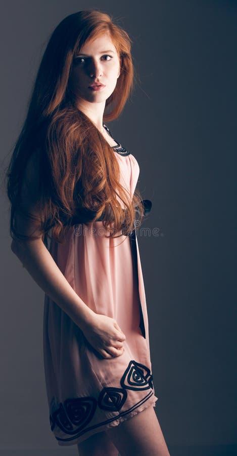 Sensueel mooi redheaded meisje royalty-vrije stock afbeelding