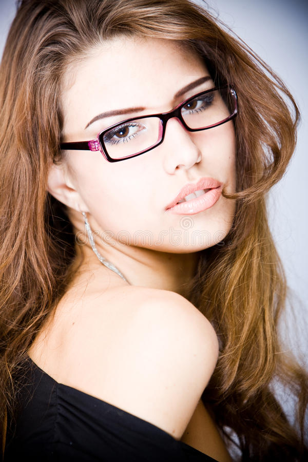Sensuele jonge vrouw stock foto's