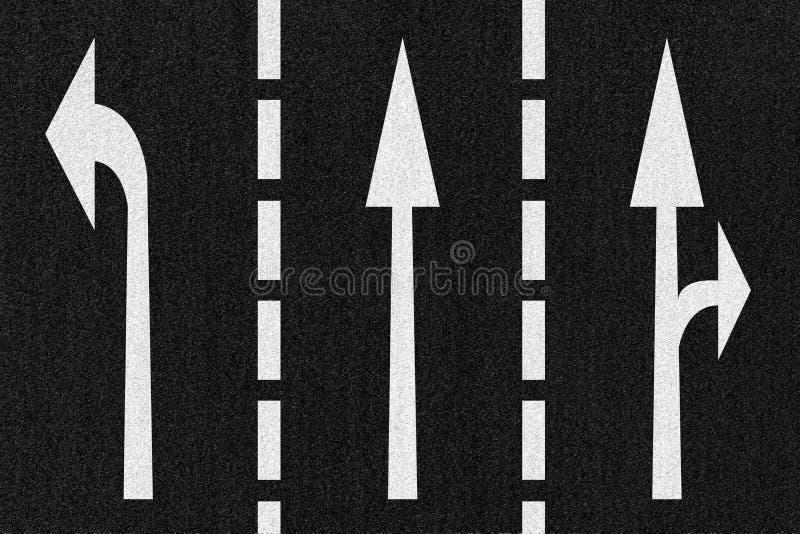 Sentido das setas da estrada da rua na textura do asfalto ilustração stock