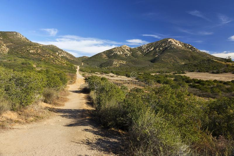 Sentier de randonnée d'Iron Mountain dans Poway, San Diego County North Inland, la Californie Etats-Unis photos stock