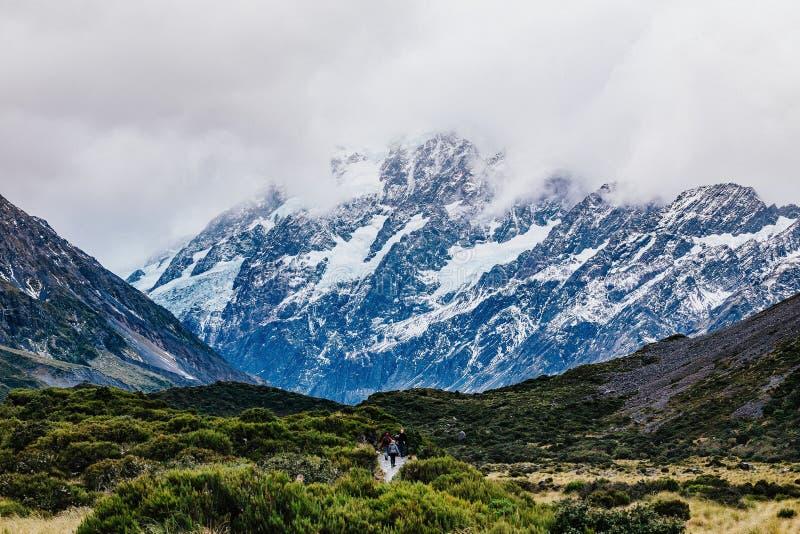 Sentier de randonnée de voie de vallée, Nouvelle-Zélande photos libres de droits