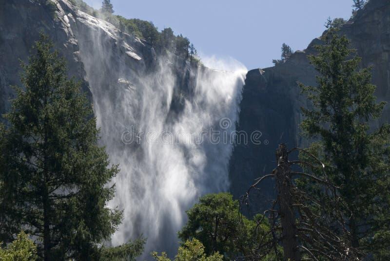 A sentinela cai em Yosemite - 1 imagens de stock