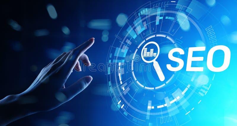 SEO - Ottimizzazione del motore di ricerca, concetto di vendita di Internet di Digital sullo schermo virtuale immagini stock libere da diritti