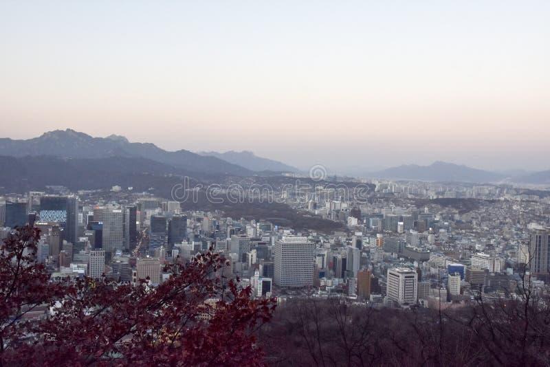 SEOEL, KOREA - Februari 04, 2017: Verbazende mening om mening bij s te bedekken stock afbeeldingen