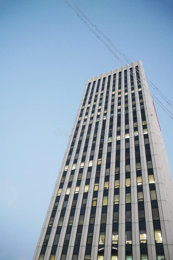 Seoel, Zuid-Korea - 08 05 18: één mening van de wolkenkrabberbodem stock foto's