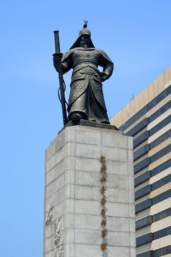 SEOEL, ZUID-KOREA - MEI 28, 2017: Standbeeld van de zon-Zonde van AdmiraalsYi in de Stad van Seoel royalty-vrije stock afbeelding