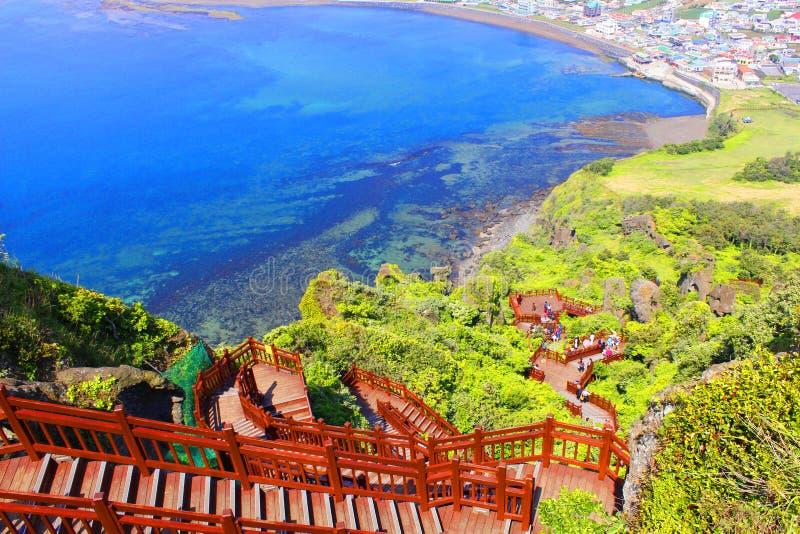 Seongsan trappa - Jeju ö arkivbilder
