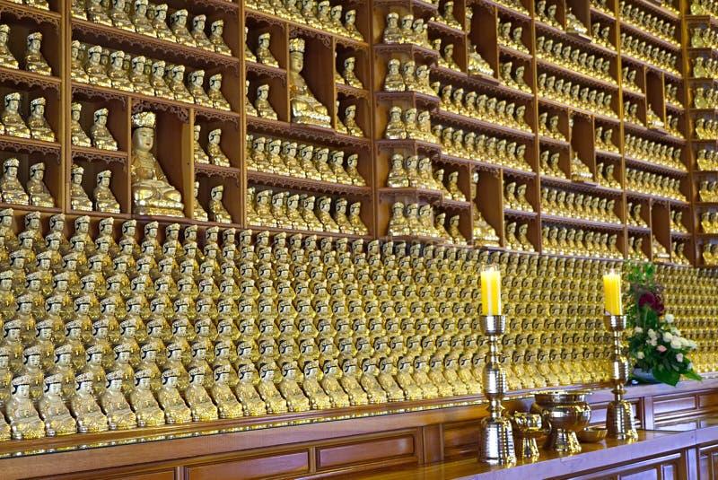 SEOUL, COREA DEL SUD - 28 GENNAIO 2018: Budha dorato al Sud Corea di Seoul del tempio di bongeunsa fotografie stock libere da diritti
