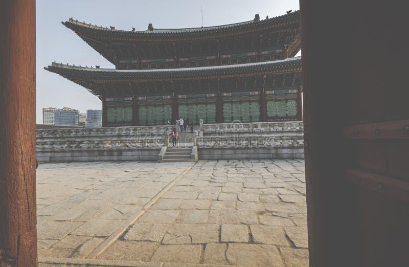 SEOUL - OCTOBER 21, 2016: Gyeongbokgung palace in Seoul, Korea royalty free stock images
