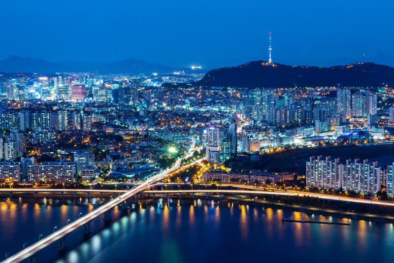 Seoul-Skyline von der Spitze lizenzfreies stockbild
