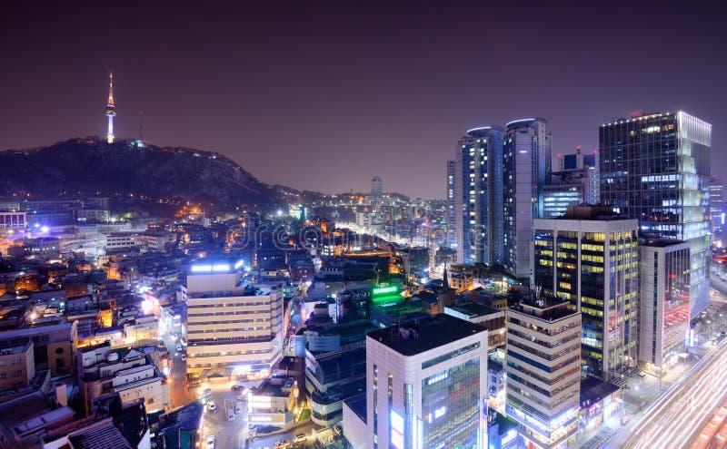 Seoul står hög royaltyfri bild
