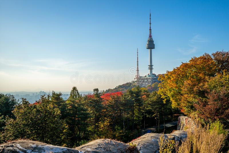 Seoul tower and city wall in seoul, south korea. The Seoul City Wall was originally built in 1396, surrounding Seoul then known as Hanyang during the Joseon stock images