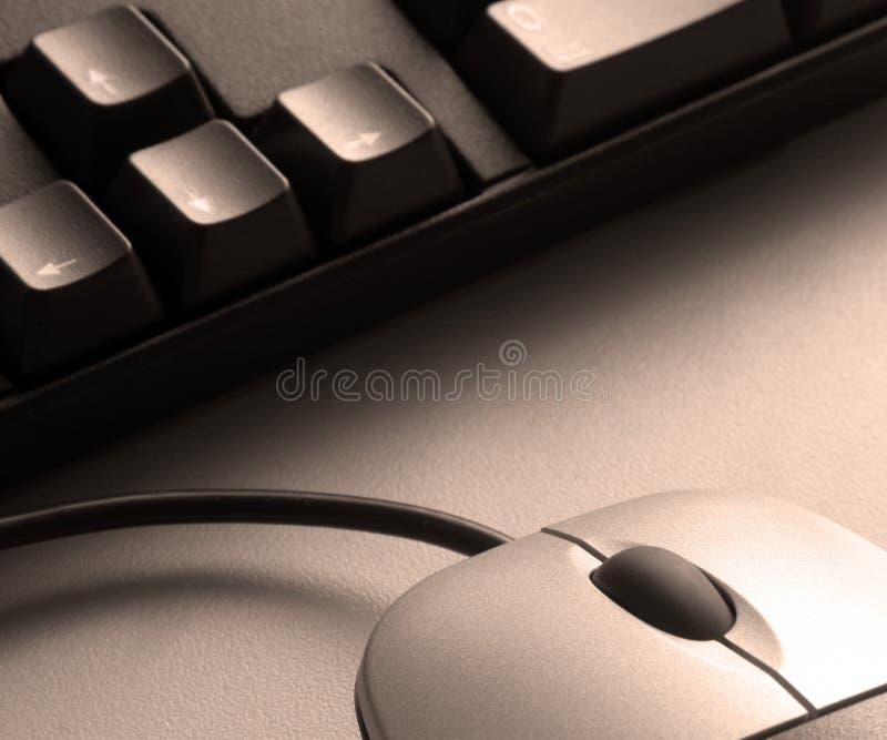 Sepiamaus und -tastatur lizenzfreie stockbilder