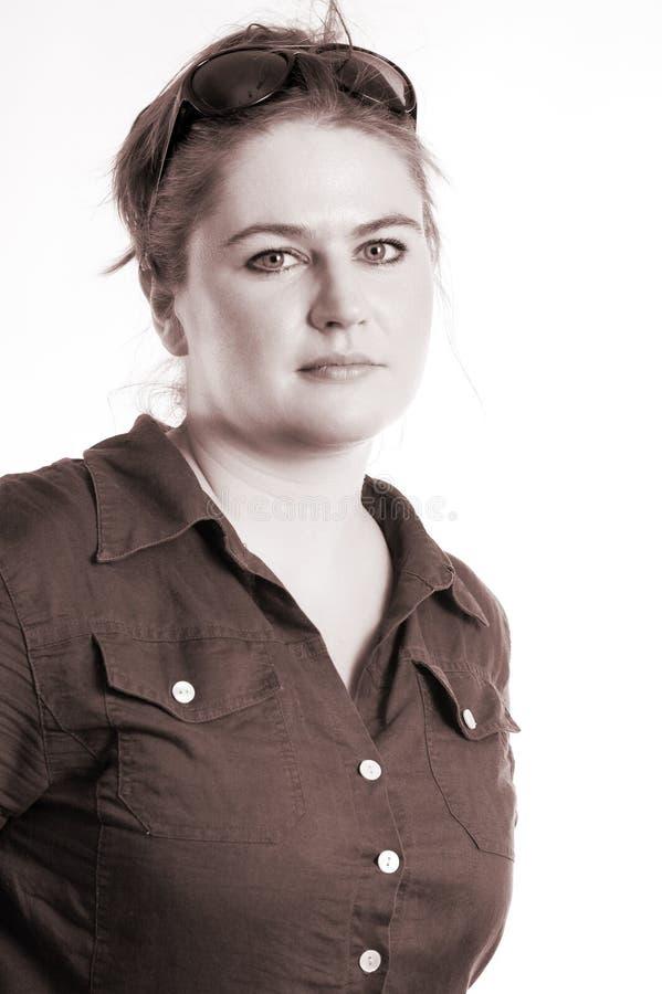 Sepiaportrait Studio der Frau stockfotografie