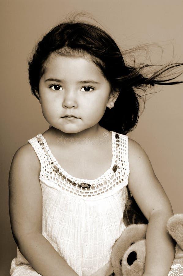 Seppia del ritratto della bambina immagini stock