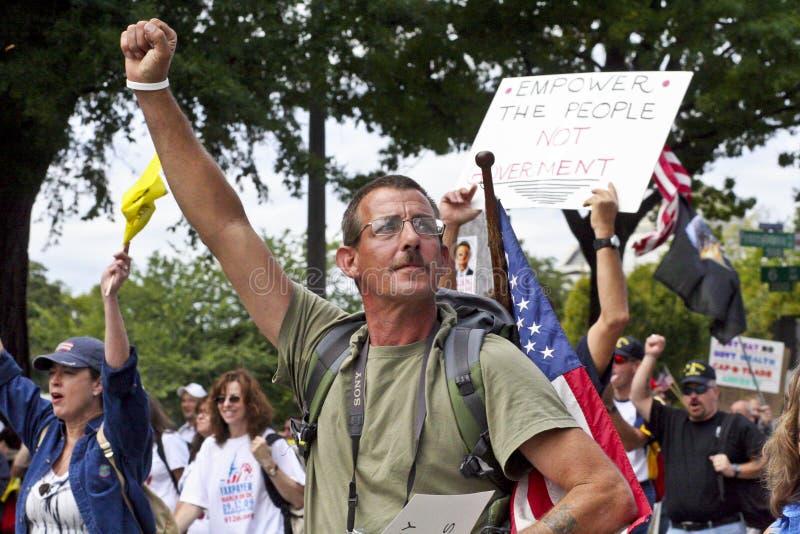 Sept 12, 2009: Partido de chá março na C.C. de Washington imagem de stock