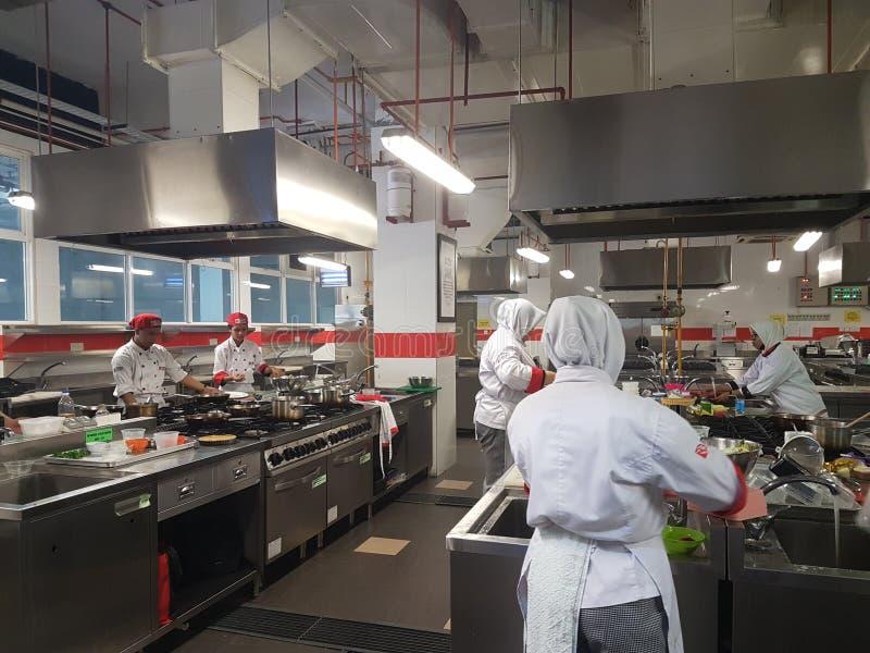 1 Sept. 2016, Sjah Alam Vrijgezel van de Culinaire praktische zitting van Art Student stock fotografie