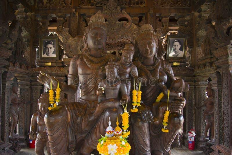 14 septembre 2014 Le temple vrai est un completel unique de temple photos stock