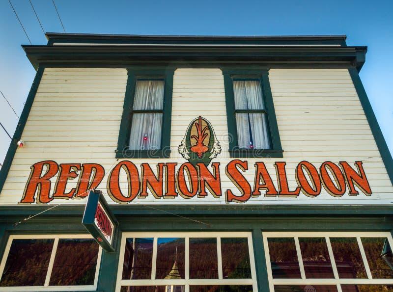 15 septembre 2018 - Skagway, AK : Façade avant de la salle d'oignon rouge, un ancien bordel photos libres de droits