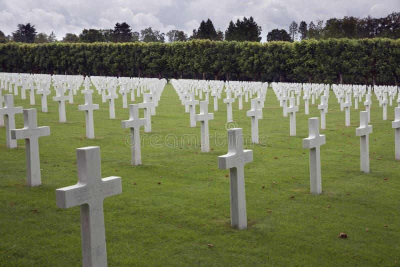 Sepulcros alineados de la guerra, cementerio del americano de la Mosa-Argonne foto de archivo libre de regalías