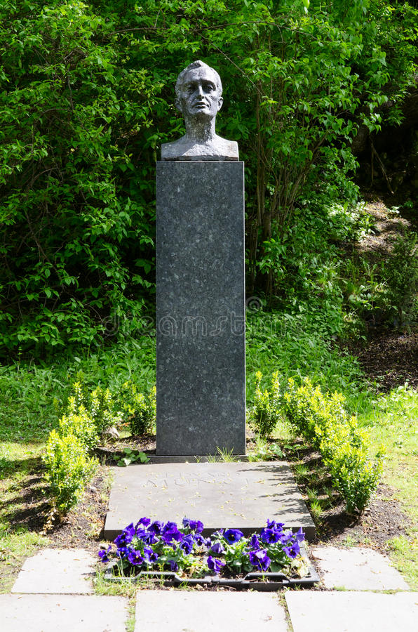Sepultura de Edvard Munch no cemitério de nosso salvador foto de stock