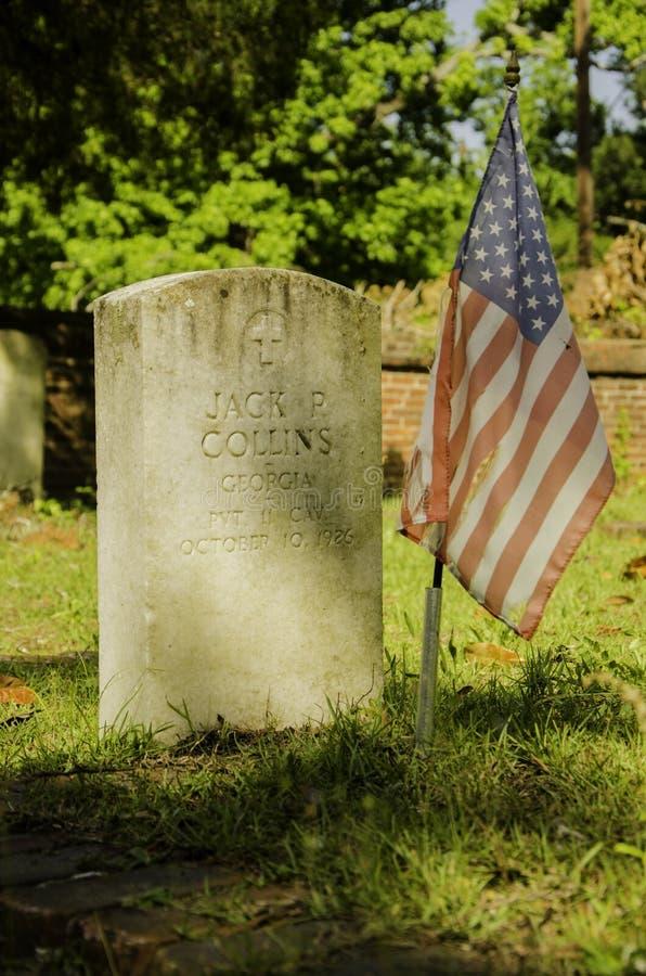 A sepultura de um soldado fotos de stock