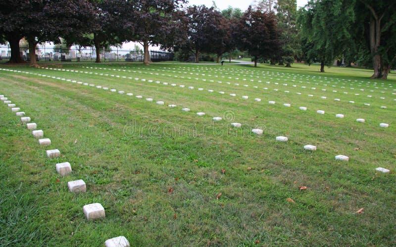 Sepulturas do cemitério nacional do soldado de Gettysburg fotografia de stock