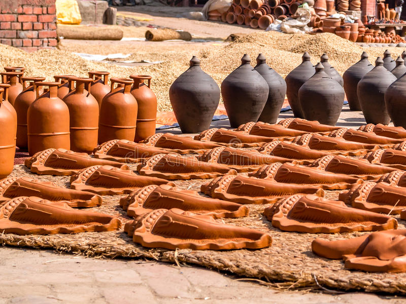 Sequedad en el Sun, Nepal de la cerámica y del arroz fotos de archivo libres de regalías