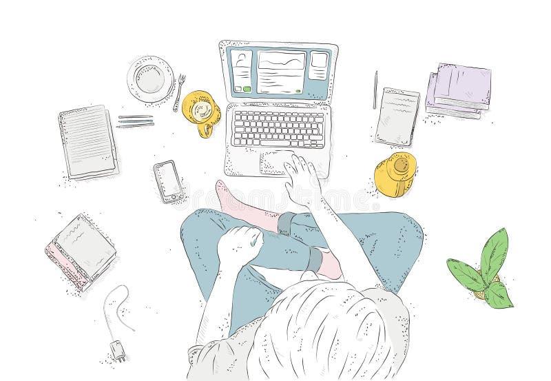 Ser humano con el ordenador portátil en casa, sentándose en el piso Dé el ejemplo exhausto del contorno, opinión superior del hom libre illustration