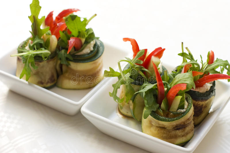 ser stacza się sałatkowego zucchini obrazy stock
