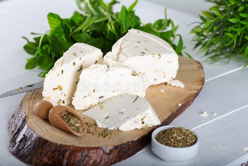 Ser z ziele i pikantność, zielarski ser z pikantność zdjęcia royalty free