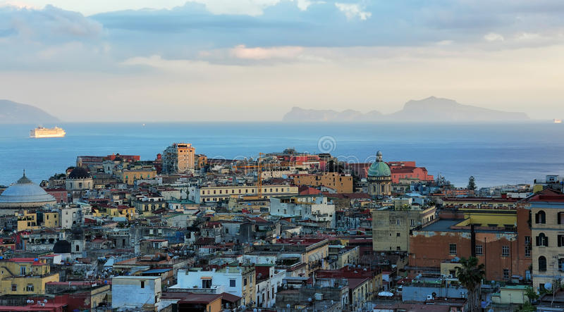 Sera Napoli, Italia fotografia stock