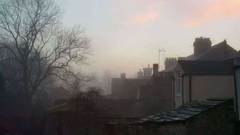 Sera nebbiosa in Wolsingham fotografia stock