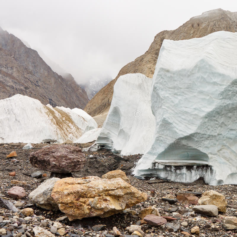 Seracs op de Baltoro-Gletsjer royalty-vrije stock afbeelding
