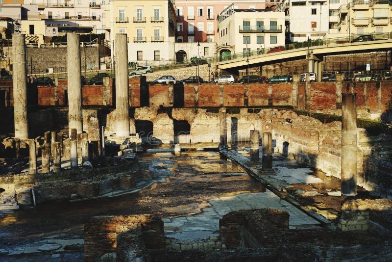 Serapide寺庙,波佐利那不勒斯 免版税库存图片