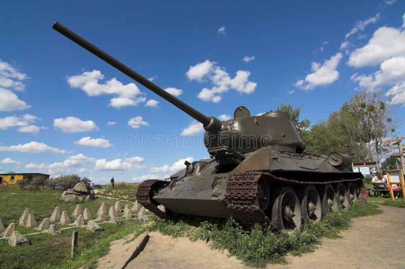 Download Serbatoio fotografia stock. Immagine di howitzer, trasporto - 3137340