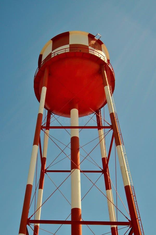 Serbatoio di acqua rosso immagine stock libera da diritti