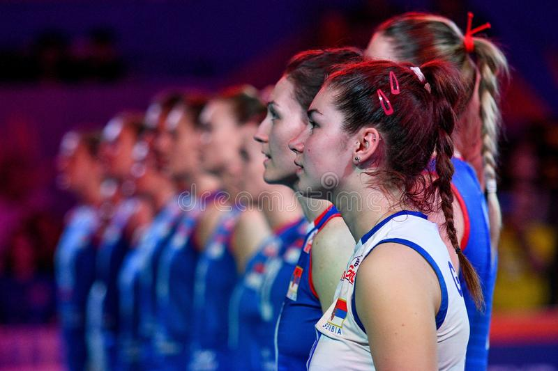 Volleyball Intenationals Nations League Women - United States (usa) Vs Serbia. The serbia durante the the national anthem serbo  during Nations League Women stock photos