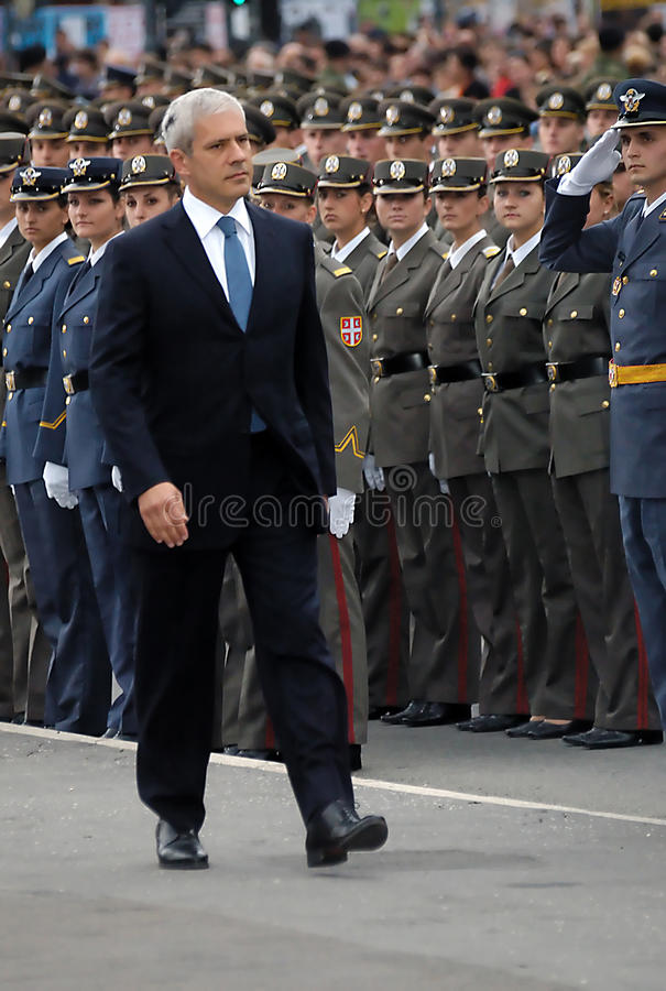 Serbian president,B.Tadic observe new officers-1 royalty free stock photography
