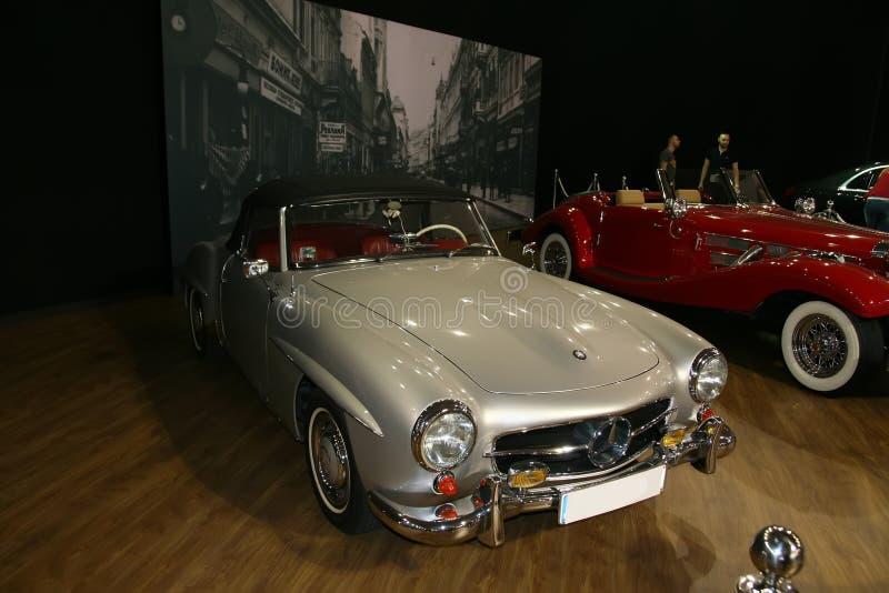SERBIEN, BELGRADE - 7. SEPTEMBER 2019: Ein Oldtimer-Auto auf der '24 Stunden der Eleganz' Show am 7. September 2019 in Belgr ausg lizenzfreies stockbild