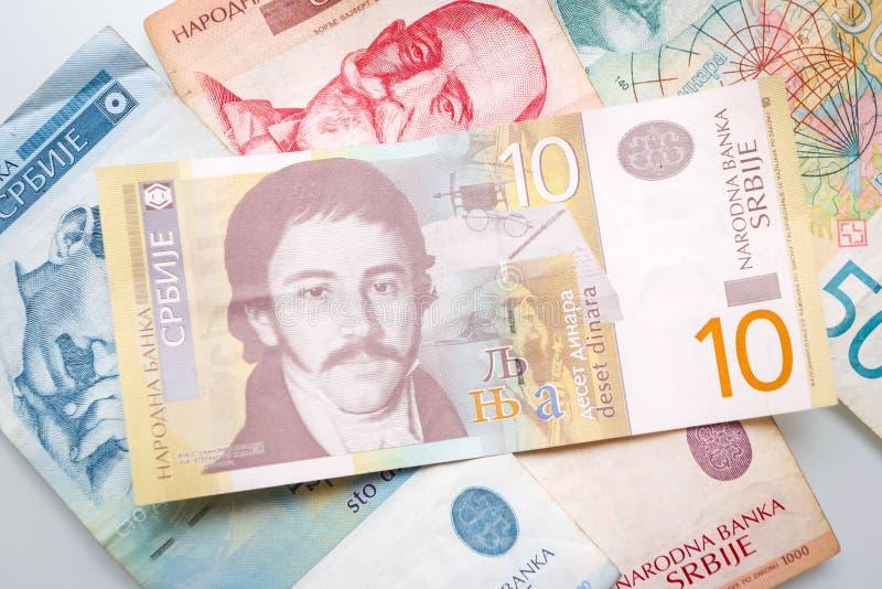Serbiska dinar stänger sig upp arkivfoto