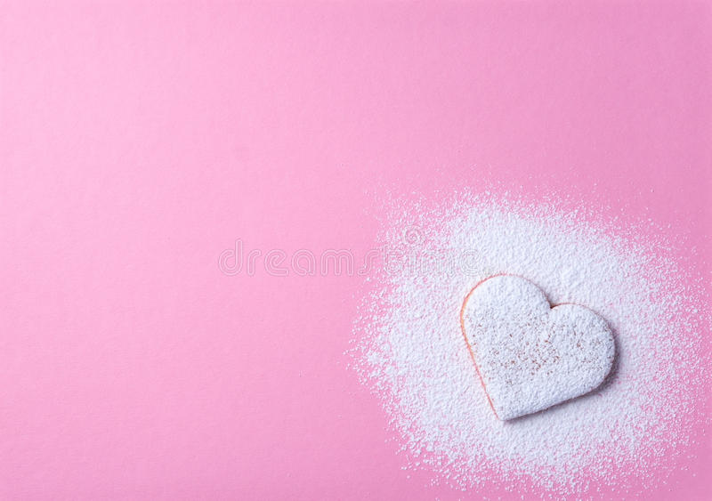 Serca kształtny ciastko 1 obraz stock